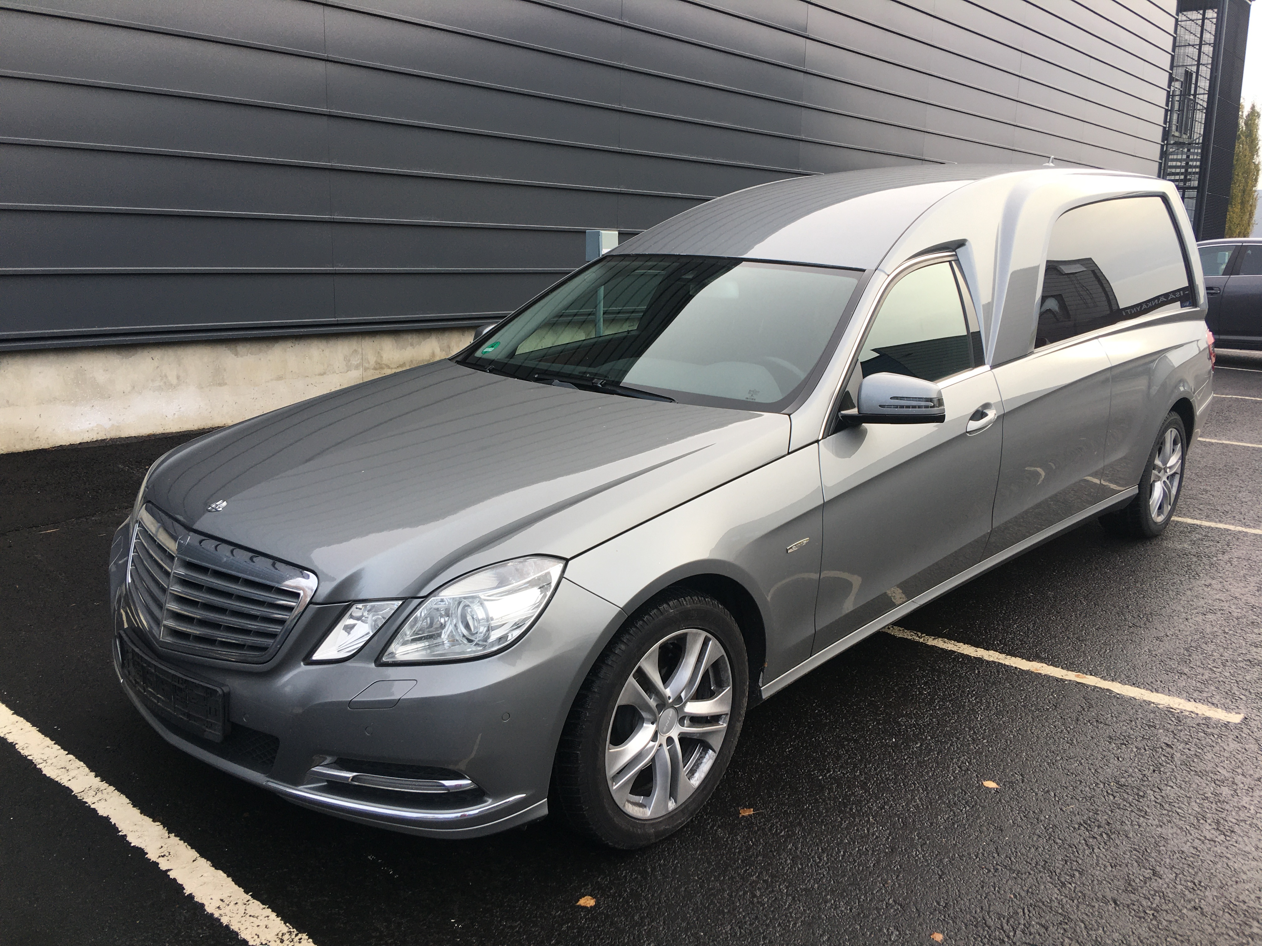 MB E 250 CDI *MYYTY*