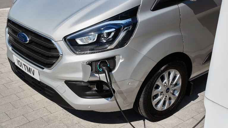 Ford Transit Custom PHEV Plug in Hybrid